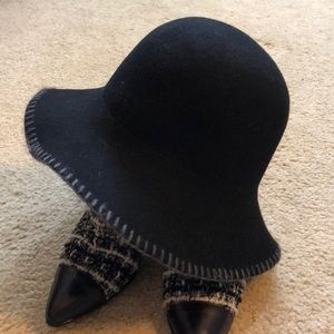 Nordstrom Made in Italy Black w/gray stitching HAT